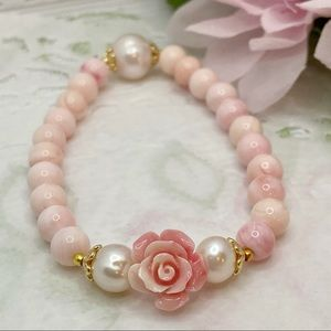 Queen Conch Shell Bracelet